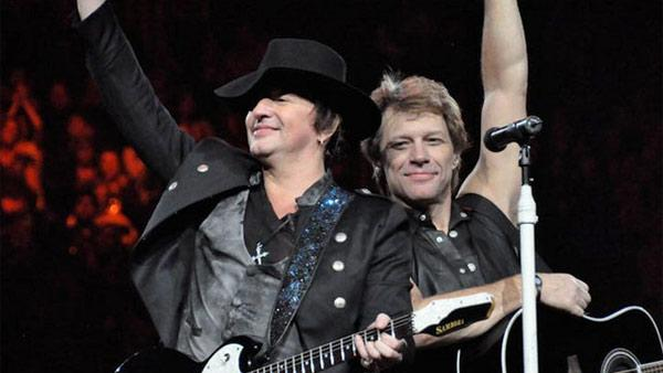 Richie Sambora (left) and Jon Bon Jovi appear in concert in Pittsburgh in a photo posted posted on Bon Jovis Facebook page on Feb. 18, 2011. - Provided courtesy of facebook.com/BonJovi