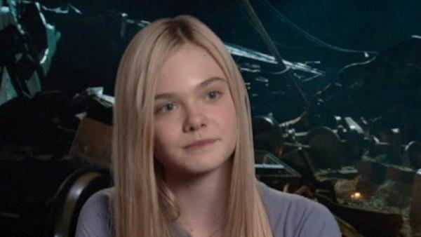Elle Fanning of 'Super 8' is 'obsessed' with vintage