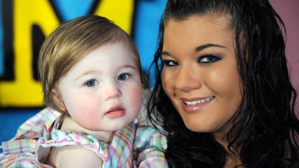Amber Portwood and her daughter Leah Shirley appear in a promotional photo for Teen Mom. - Provided courtesy of MTV