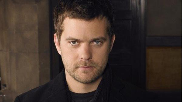 Joshua Jackson appears in a promotional photo from Fringe. - Provided courtesy of Bad Robot / 20th Century Fox