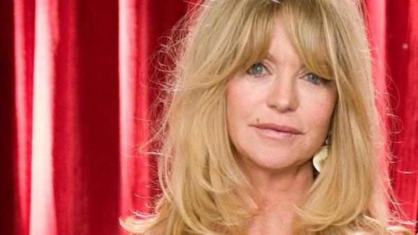 Goldie Hawn arrives to present at the 81st Annual Academy Awards on February 22, 2009. - Provided courtesy of Michael Yada / A.M.P.A.S.
