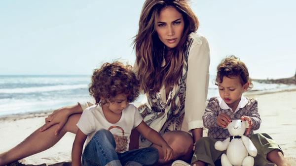 Jennifer Lopez and her twins, Emme and Max, star in a Guccis ad for its Spring/Summer 2011 childrens line. - Provided courtesy of Gucci / facebook.com/GUCCI