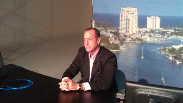 Michael Lohan appears in this photo posted on his Twitter page on June 10, 2011. - Provided courtesy of twitpic.com/59qq00 / htwitter.com/MichaelJLohan