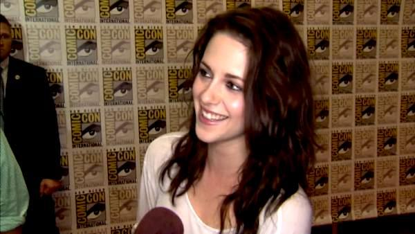Kristen Stewart talks 'Breaking Dawn' birth (2011)