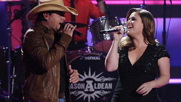 Kelly Clarkson performs on 'American Idol' airing Thursday, April 14, 2011.