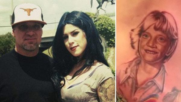 Jesse James and Kat Von D appear in a photo posted on her Twitter page on May 1, 2011./ Kat Von Ds new Jesse James tattoo appears in a still from LA Ink. - Provided courtesy of OTRC / twitpic.com/4rohu2 / TLC