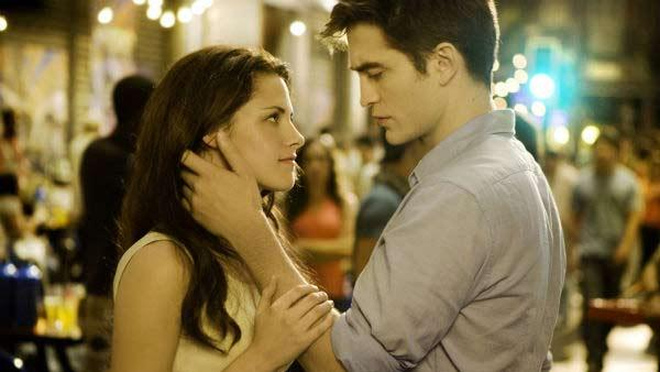 Kristen Stewart and Robert Pattinson in a scene from The Twilight Saga: Breaking Dawn - Part 1. - Provided courtesy of OTRC / Summit Entertainment