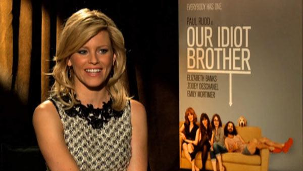 Elizabeth Banks chats 'Idiot Brother' cast