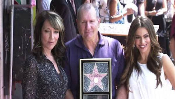 Ed O'Neill (Al Bundy) gets Hollywood star