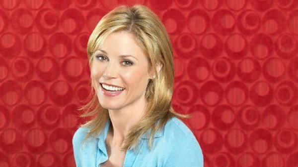 Julie Bowen appears in a promotional photo for the ABC show Modern Family. - Provided courtesy of ABC