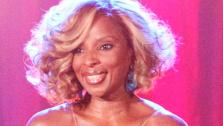 Mary J. Blige visited Dancing With The Stars performed her hit song Real Love and 25/8 on Dancing With The Stars: The Result Show on Tuesday, October 4, 2011. - Provided courtesy of ABC