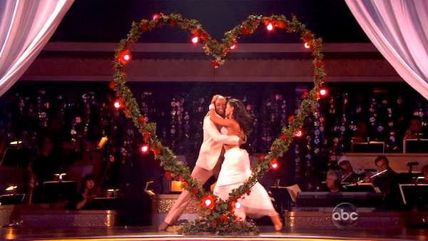 J.R. Martinez appears in a still from the November 7, 2011 episode of Dancing With The Stars. - Provided courtesy of ABC