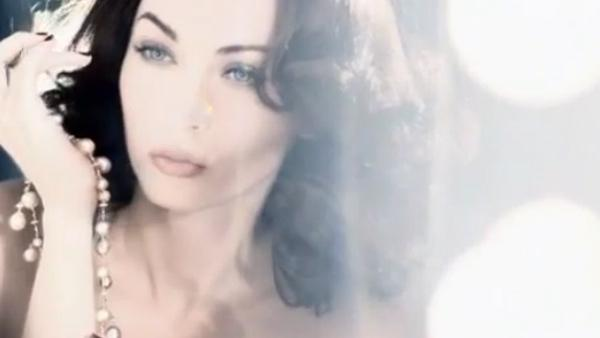 Megan Fox channels old Hollywood glamour in a new television ad for Giorgio Armanis Designer Lift Foundation, released in November 2011. - Provided courtesy of Giorgio Armani