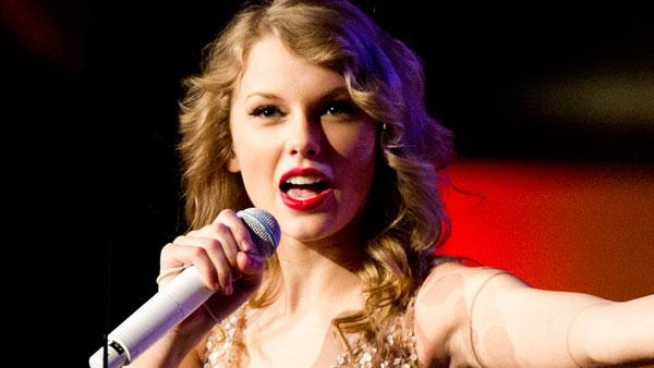 Taylor Swift performs at Madison Square Garden, in New York, Tuesday, Nov. 22, 2011. - Provided courtesy of AP / Charles Sykes