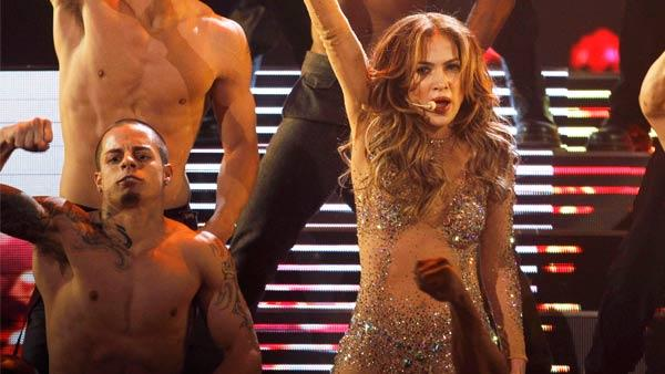Casper Smart and Jennifer Lopez perform at the 39th Annual American Music Awards on Sunday, Nov. 20, 2011 in Los Angeles. - Provided courtesy of AP / Matt Sayles
