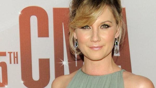 Jennifer Nettles of Sugarland arrives at the 45th Annual CMA Awards in Nashville on Wednesday, Nov. 9, 2011.