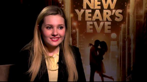 Abigail Breslin talks 'New Year's Eve' plans