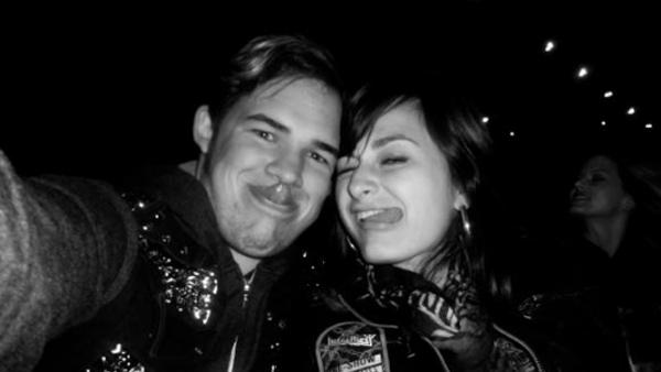 James Durbin and Heidi Lowe attend a Judas Priest concert in November 2011, as seen in this Twitter photo posted by Lowe.