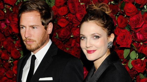 Actress Drew Barrymore, right, and boyfriend Will Kopelman attend The Museum of Modern Art Film Benefit tribute to Pedro Almodovar on Tuesday, Nov. 15, 2011 in New York. - Provided courtesy of AP / Evan Agostini