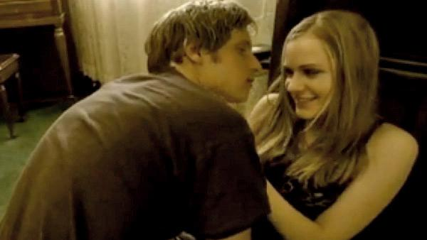 Evan Rachel Wood and Jamie Bell appear in a still from Green Days Wake Me Up When September Ends music video. - Provided courtesy of WMG