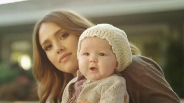 Jessica Alba and her daughter Haven appear in a still from her Honest.com video.