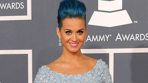 Katy Perry arrives at the 54th annual Grammy Awards on Sunday, Feb. 12, 2012 in Los Angeles. - Provided courtesy of AP / Chris Pizzello
