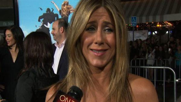Jennifer Aniston talks stoners, Hacky Sack