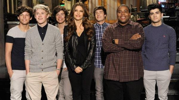 Sofia Vergara, Kenan Thompson and One Direction appear in a promotional photo for her appearance on NBCs sketch comedy Saturday Night Live. - Provided courtesy of NBC / Dana Edelson