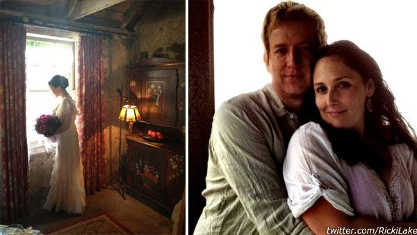 Ricki Lake appears in her wedding dress in a photo posted on her Twitter page on April 10, 2012. / Ricki Lake and Christian Evans appear in a photo posted on her Twitter page on Aug. 11, 2011. - Provided courtesy of yfrog.com/h4o2xdlbj / twitter.com/RickiLake