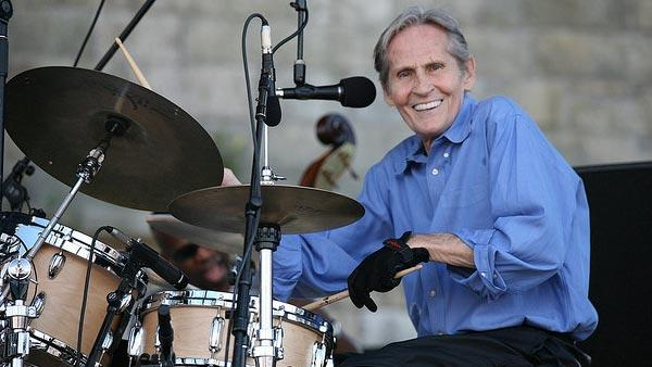 Levon Helm performs at the 2008 Newport Folk Festival in August 2008.