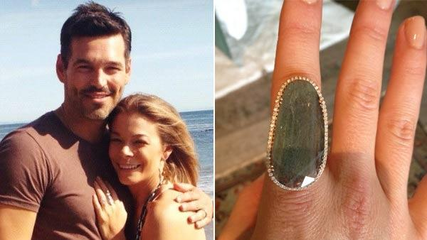 LeAnn Rimes and Eddie Cibrian appear in a photo posted on her Twitter account on March 4, 2012. / LeAnn Rimes posts a photo of a ring on April 22, 2012. - Provided courtesy of pic.twitter.com/K6xQACMV