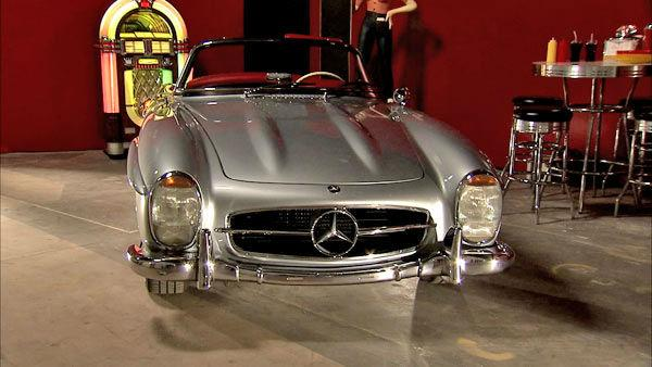 This 1957 300SL Roadster, photographed at a 2012 exhibit at the Warner Brothers Studios showcasing Mercedes-Benz automobiles featured in the movies.