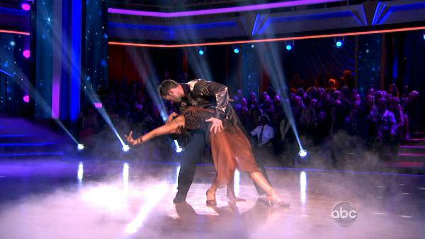 Telenovela star William Levy and his partner Cheryl Burke received 27 out of 30 points from the judges for their Rumba on week six of 'Dancing With The Stars,' which aired on April 23, 2012.