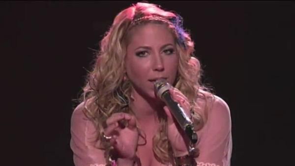 Elise Testone sings her farewell song, Led Zeppelins Whole Lotta Love on American Idol after she is eliminated, as seen in this April 26, 2012 episode. - Provided courtesy of FOX