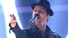 Gavin DeGraw returned to the ballroom as a special musical guest. He performed his new single Sweeter on Dancing With The Stars: The Results Show on Tuesday, May 1, 2012. The song was accompanied on the dance floor by his former partner Karina Smirnof - Provided courtesy of ABC