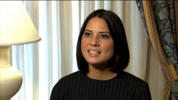 Olivia Munn talks about 'I Don't Know How She Does It' in an interview provided by The Weinstein Company.