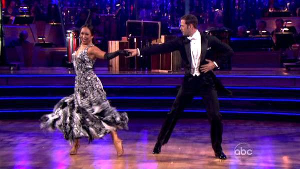 Telenovela star William Levy and his partner Cheryl Burke received 30 out of 30 points from the judges for their Fox Trot on week eight of 'Dancing With The Stars,' which aired on April 30, 2012.