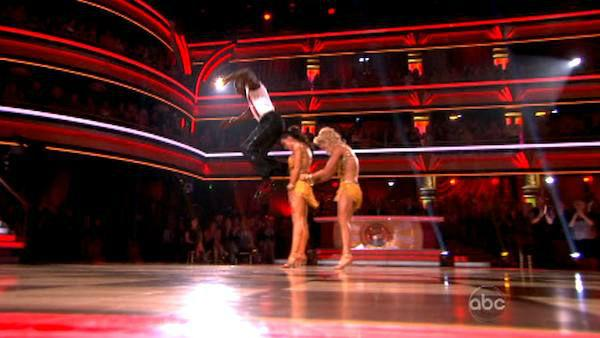 Football star Donald Driver and his partner Peta Murgatroyd, along with guest dancer Karina Smirnoff, received 28 out of 30 points from the judges for their Jive on week eight of 'Dancing With The Stars,' which aired on April 30, 2012. His total score was