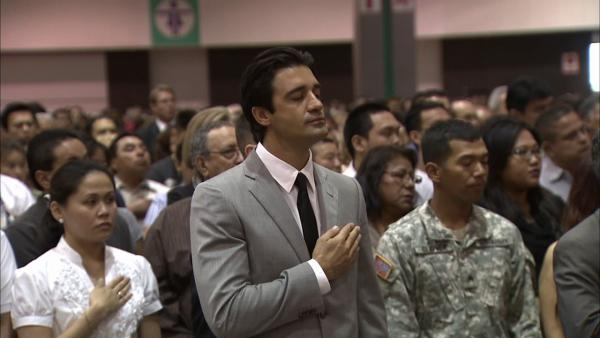 Gilles Marini is sworn in as U.S. citizen (June 27, 2012)