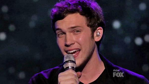 Phillip Phillips performs on the FOX show 'American Idol' on May 16, 2012.
