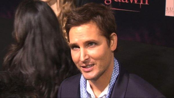 Peter Facinelli talks to ABC7's George Pennachio at the 2011 premiere of 'Twilight: Breaking Dawn - Part 1' in Los Angeles.