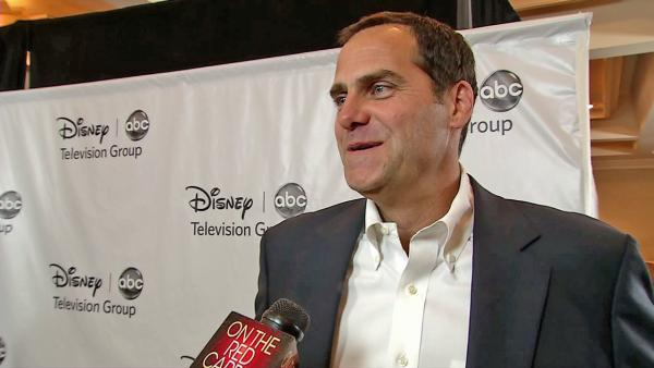 Andy Buckley talks 'The Lying Game'