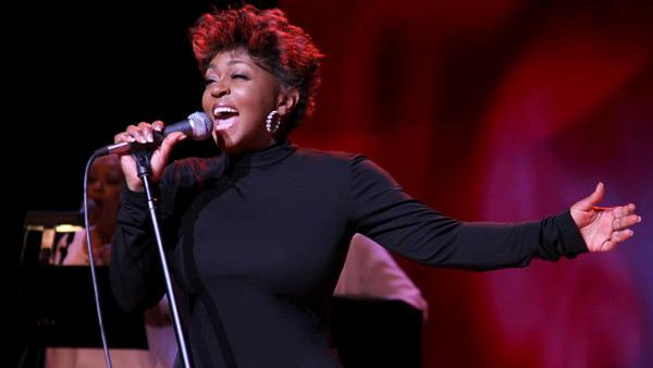 Anita Baker performing at Radio City Music Hall on May 6, 2012 . - Provided courtesy of Rahav Iggy Segev / Facebook.com/anitabakermusic
