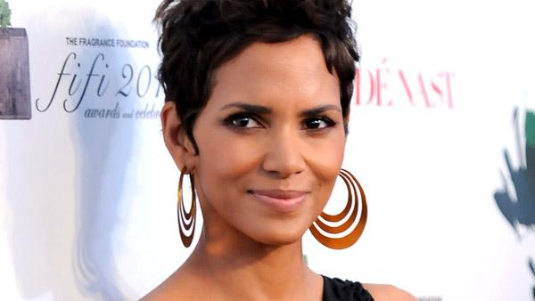 Actress Halle Berry attends The Fragrance Foundation's 2011 FiFi Awards at The Tent at Lincoln Center on Wednesday, May 25, 2011 in New York.