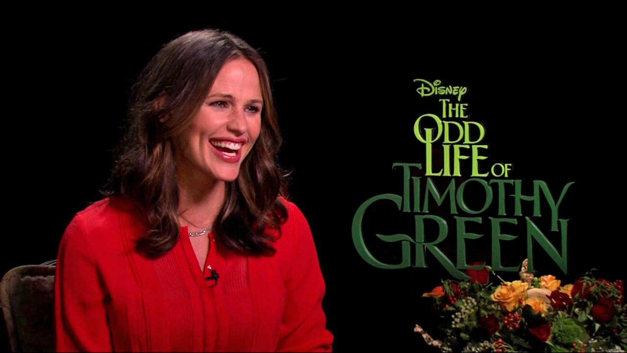 Jennifer Garner talks to OnTheRedCarpet.com about The Odd Life of Timothy Green on August 10, 2012.