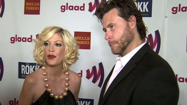 Tori Spelling and Dean McDermott attend the Glaad event in Los Angeles on Sunday, April 10, 2011.
