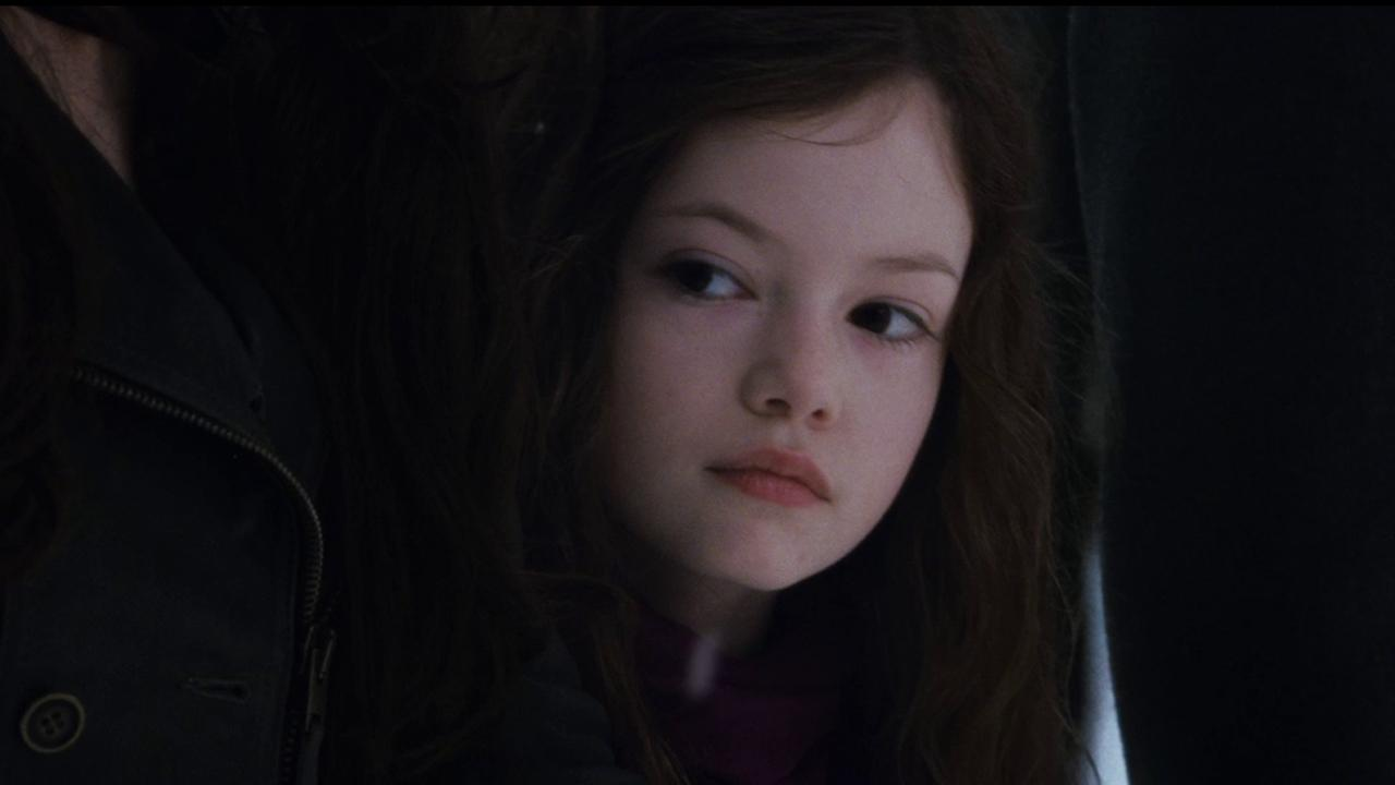 Renesmee (Mackenzie Foy) appears in a scene from the 2012 movie The Twilight Saga: Breaking Dawn - Part 2.Summit Entertainment