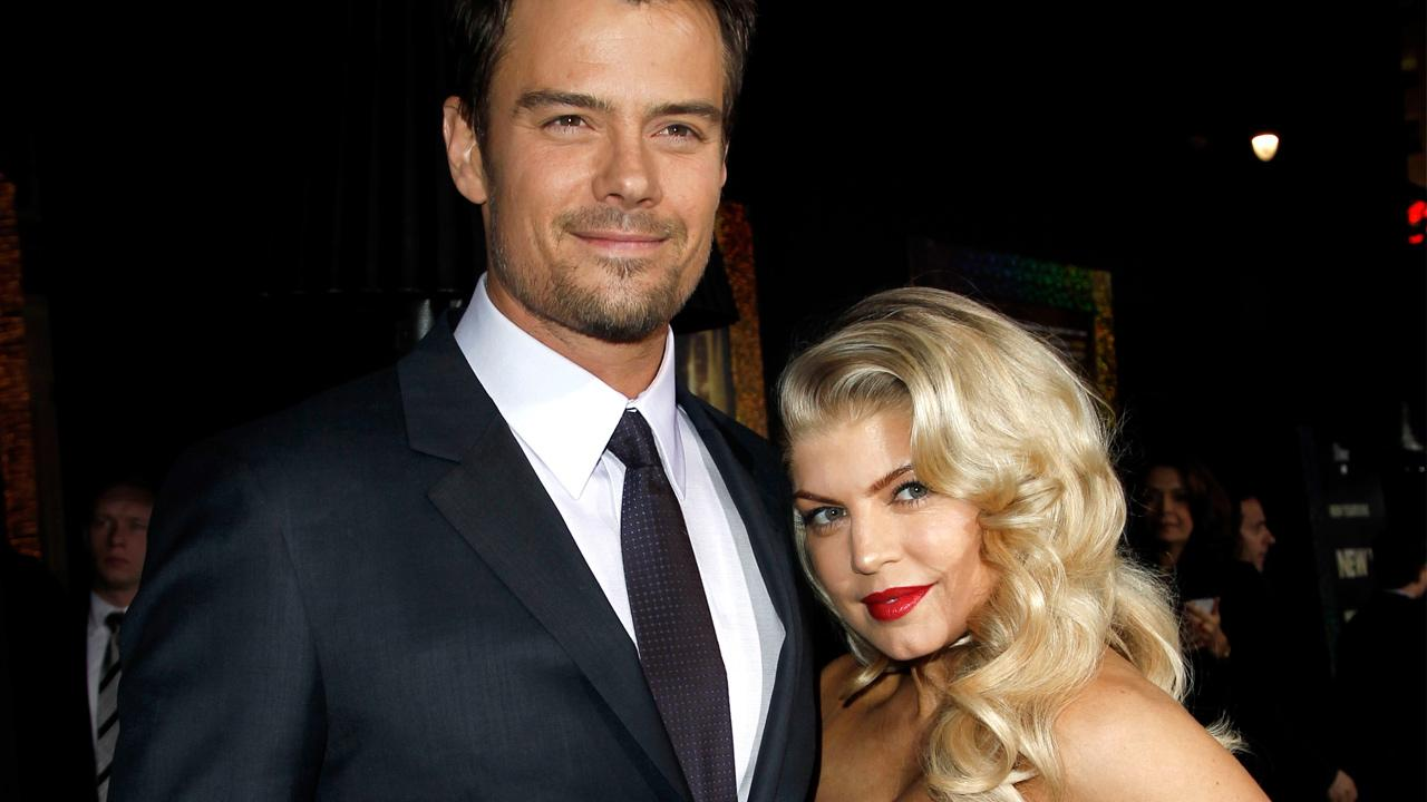 Josh Duhamel, left, and Fergie arrive at the premiere of New Years Eve in Los Angeles on Monday, Dec. 5, 2011.