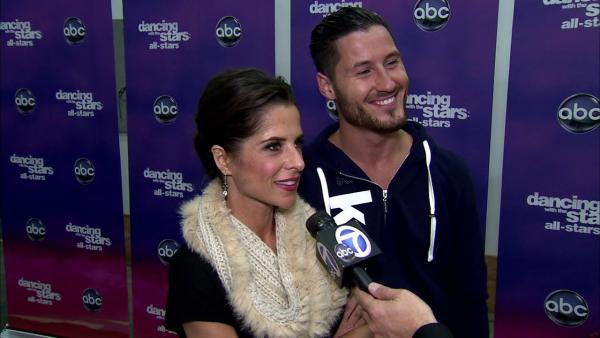 Kelly Monaco, Val Chmerkovskiy talk 'DWTS' week 5