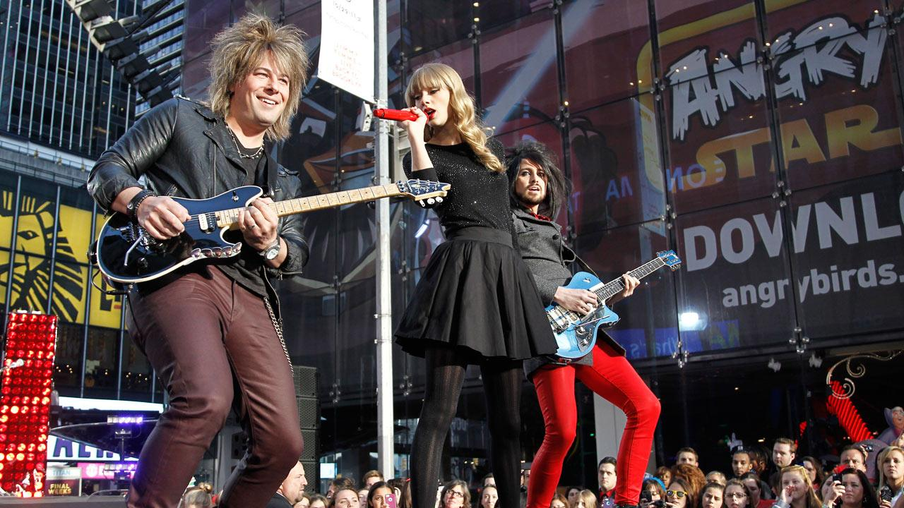 Taylor Swift performs in Times Square in New York City for ABCs Good Morning America on Oct. 23, 2012 to promote her new album Red.